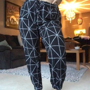 Comfy Fit Print Pants with Bead Detail